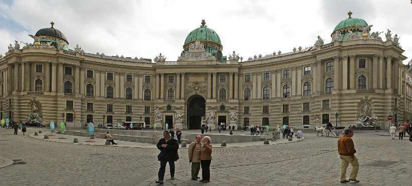 Außenansicht der Hofburg