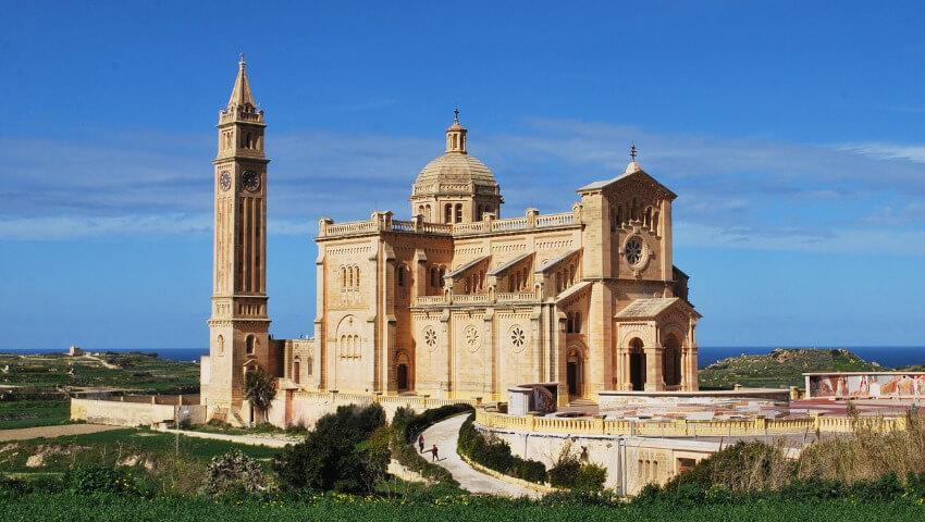 Ta Pinu Kirche auf der Insel Gozo, die zu Malta gehört.